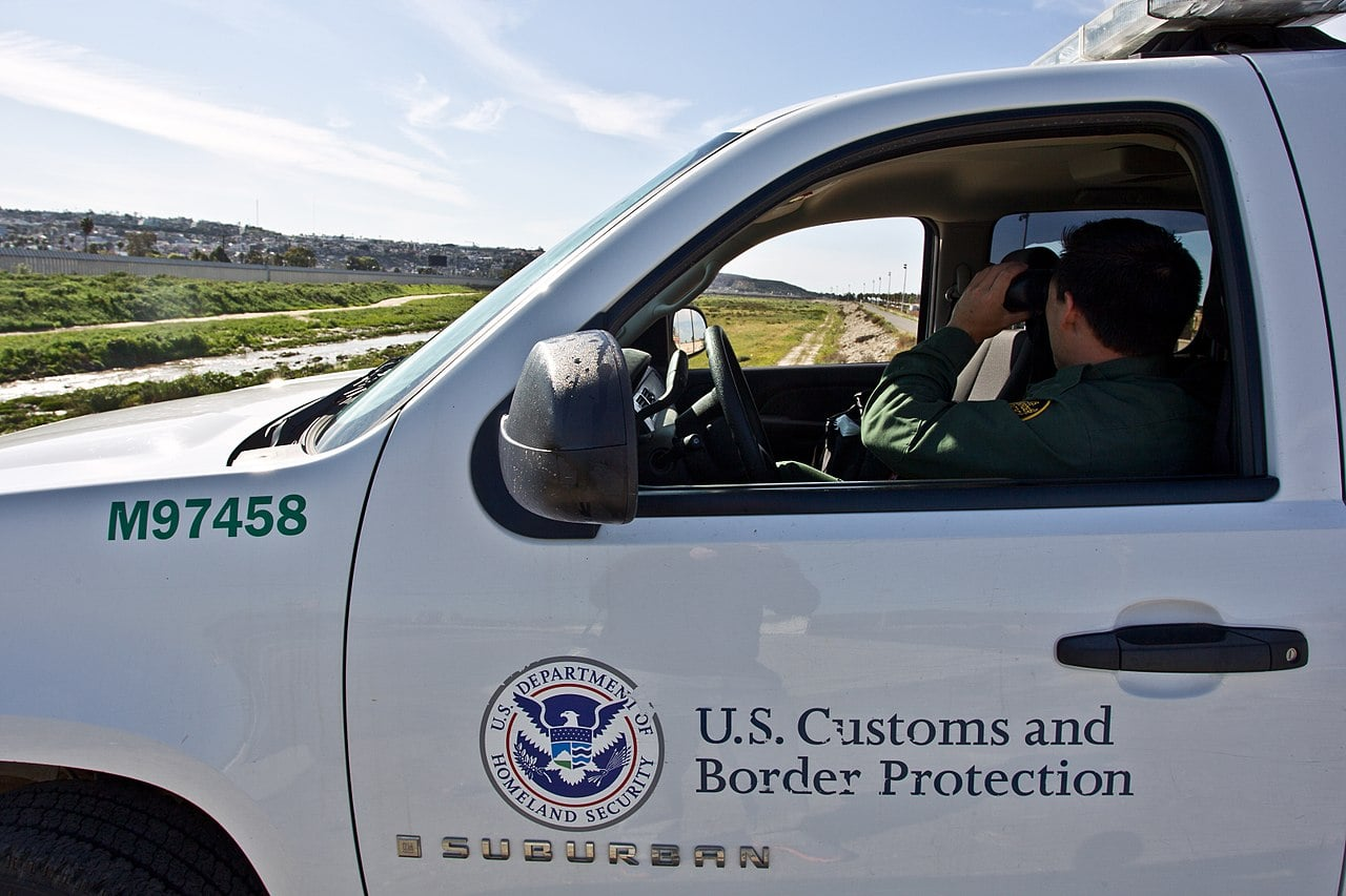 Lawmakers, Others Across Spectrum Say That Closing Border Would Be Wrong