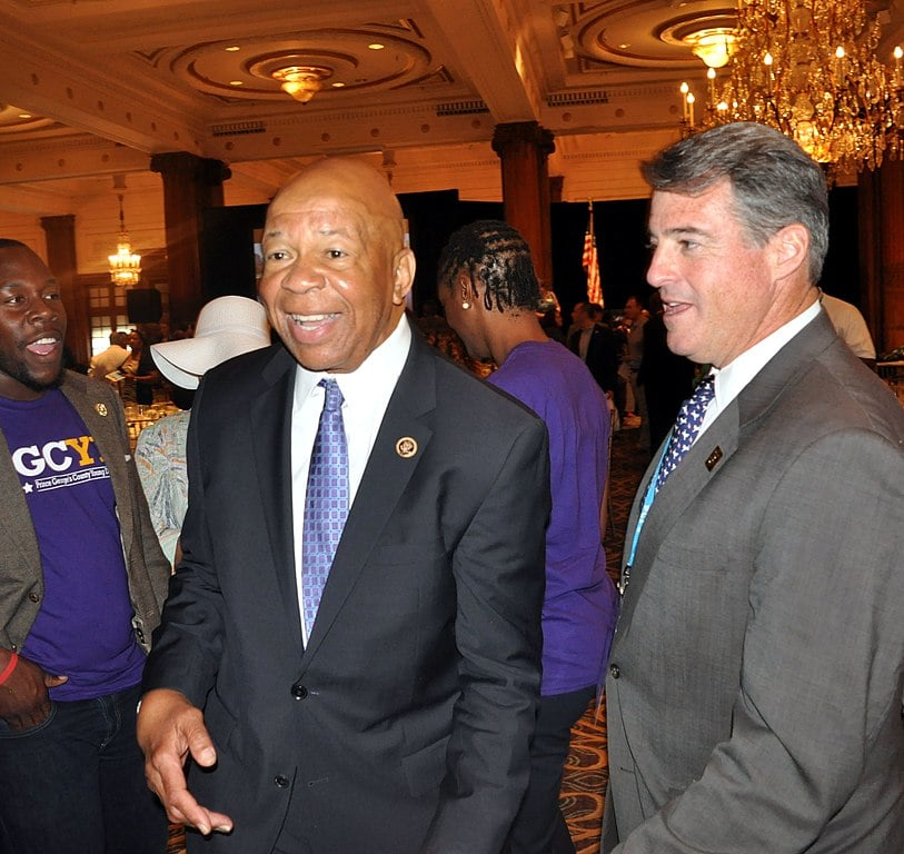 Elijah Cummings: A Tough Investigator in Life, Bipartisan Hero in Death